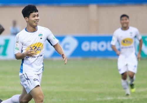 HAGL vs CLB Quang Ninh (4-0): Cong Phuong da phat, Van Toan ghi cu dup hinh anh 17