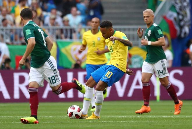 Neymar ghi ban va kien tao, Brazil vao tu ket World Cup hinh anh 26