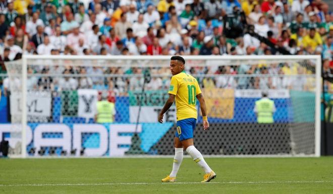 Neymar ghi ban va kien tao, Brazil vao tu ket World Cup hinh anh 32