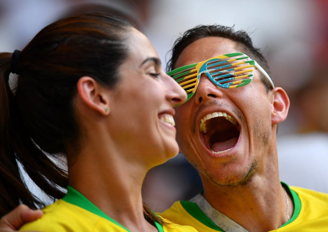 Neymar ghi ban va kien tao, Brazil vao tu ket World Cup hinh anh 24