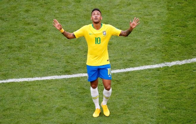 Neymar ghi ban va kien tao, Brazil vao tu ket World Cup hinh anh 55