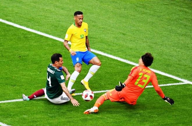 Neymar ghi ban va kien tao, Brazil vao tu ket World Cup hinh anh 39