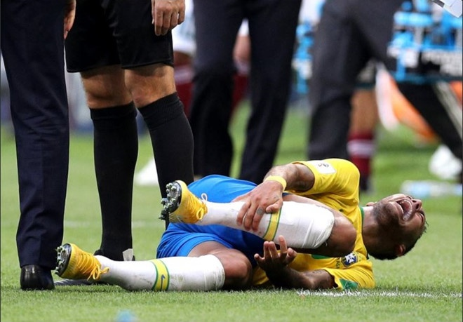 World Cup ngay 2/7: HLV Brazil 'doa' Mexico truoc dai chien hinh anh 99