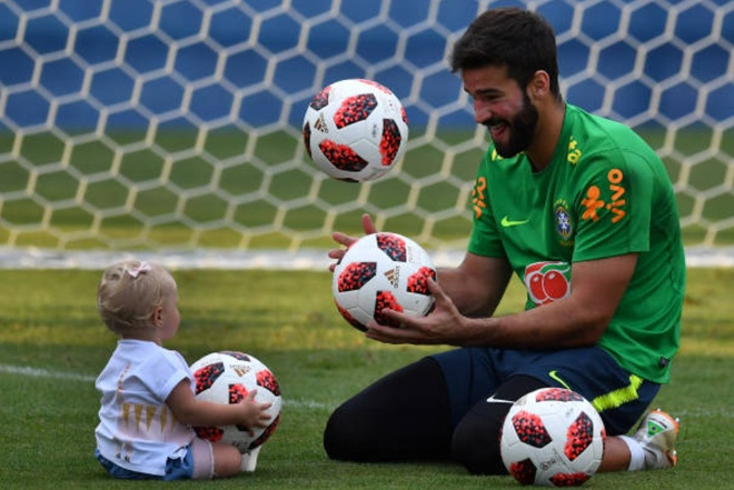World Cup ngay 2/7: HLV Brazil 'doa' Mexico truoc dai chien hinh anh 77