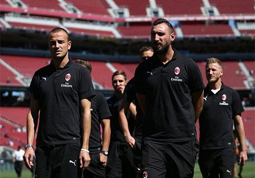 Barca vs AC Milan (0-1): Nhan ban thua phut 90+3 hinh anh 9