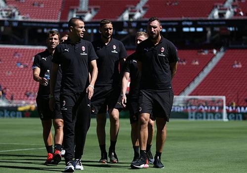 Barca vs AC Milan (0-1): Nhan ban thua phut 90+3 hinh anh 10