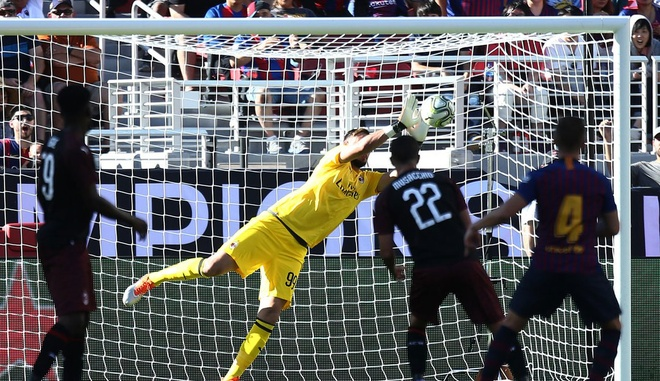 Barca vs AC Milan (0-1): Nhan ban thua phut 90+3 hinh anh 18