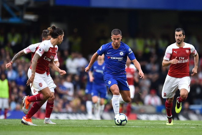 Chelsea vs Arsenal (3-2): Hazard kien tao, Oezil gay that vong hinh anh 28