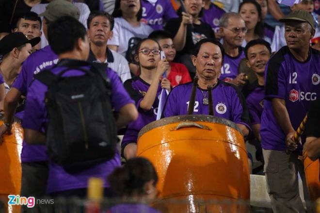 CLB Ha Noi lap ky luc vo dich V.League truoc 5 vong dau hinh anh 21