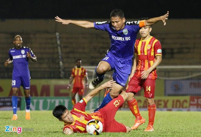 Tan Truong choi xuat sac, CLB Ha Noi vo mong gianh cu dup hinh anh 7