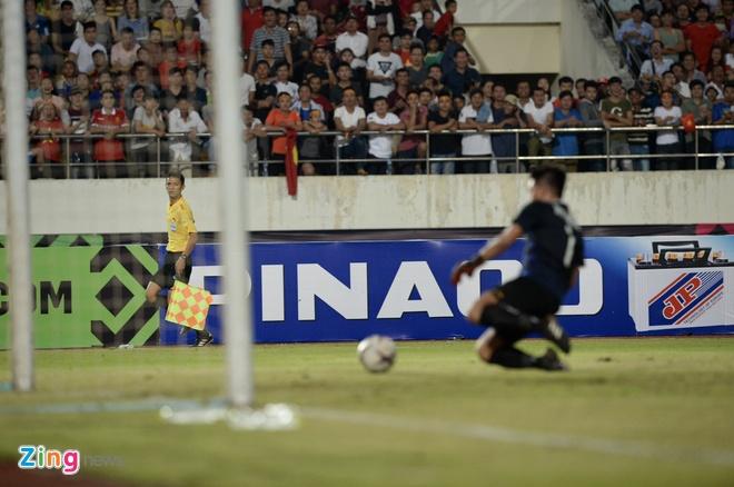 DT Lao vs DT Viet Nam (0-3): Cong Phuong, Quang Hai gay an tuong hinh anh 38