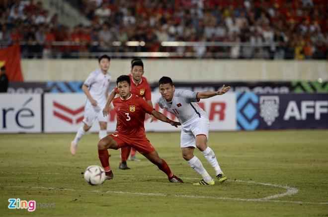 DT Lao vs DT Viet Nam (0-3): Cong Phuong, Quang Hai gay an tuong hinh anh 42
