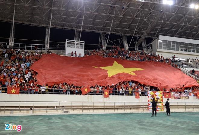 DT Lao vs DT Viet Nam (0-3): Cong Phuong, Quang Hai gay an tuong hinh anh 25