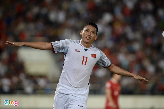 DT Lao vs DT Viet Nam (0-3): Cong Phuong, Quang Hai gay an tuong hinh anh 41