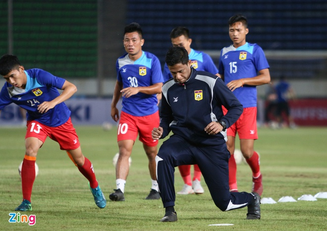 DT Lao vs DT Viet Nam (0-3): Cong Phuong, Quang Hai gay an tuong hinh anh 22