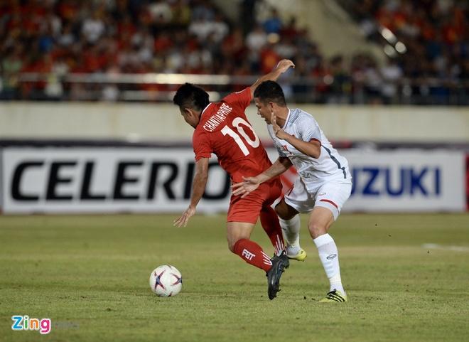 DT Lao vs DT Viet Nam (0-3): Cong Phuong, Quang Hai gay an tuong hinh anh 37