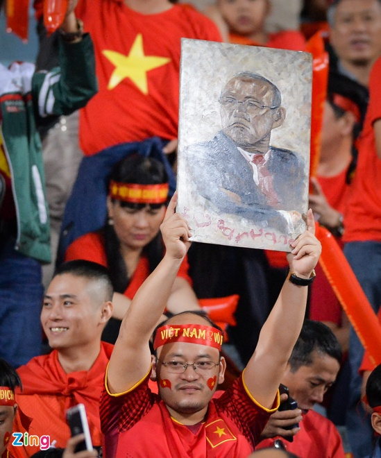 Tuyen Viet Nam vao ban ket AFF Cup voi ngoi dau bang hinh anh 27