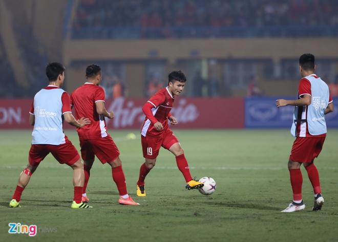 Tuyen Viet Nam vao ban ket AFF Cup voi ngoi dau bang hinh anh 30