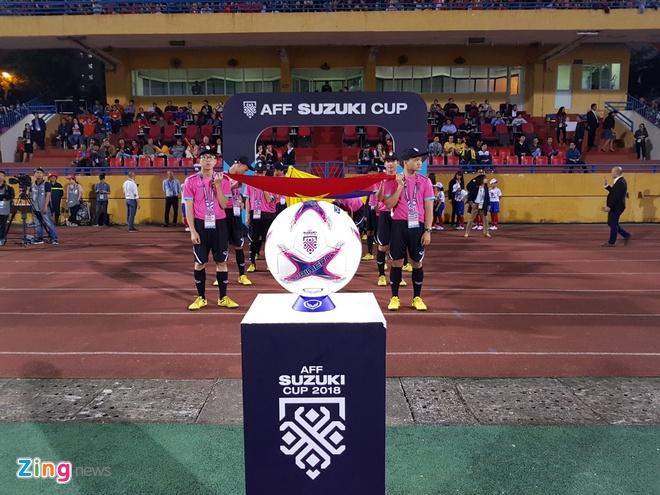 Tuyen Viet Nam vao ban ket AFF Cup voi ngoi dau bang hinh anh 35