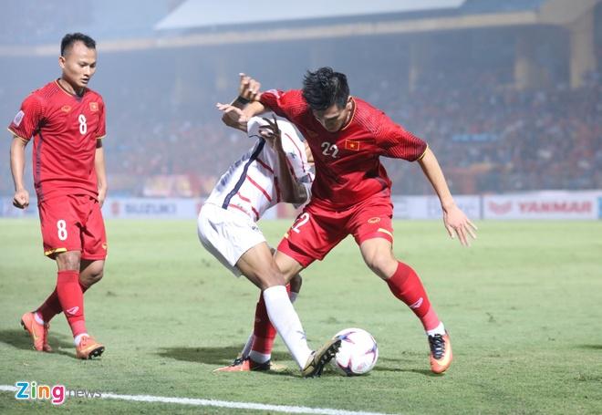 Tuyen Viet Nam vao ban ket AFF Cup voi ngoi dau bang hinh anh 48