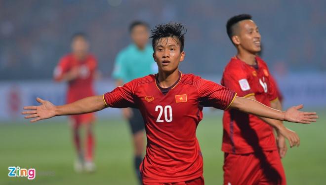 Tuyen Viet Nam vao ban ket AFF Cup voi ngoi dau bang hinh anh 49