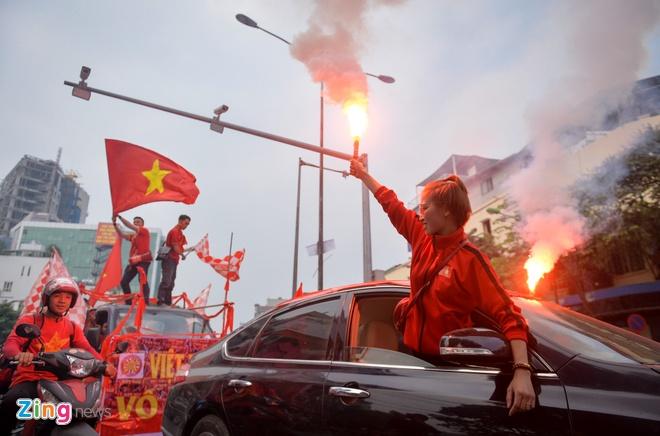 Tuyen Viet Nam vao ban ket AFF Cup voi ngoi dau bang hinh anh 22