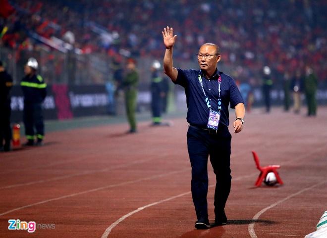 Tuyen Viet Nam vao ban ket AFF Cup voi ngoi dau bang hinh anh 37