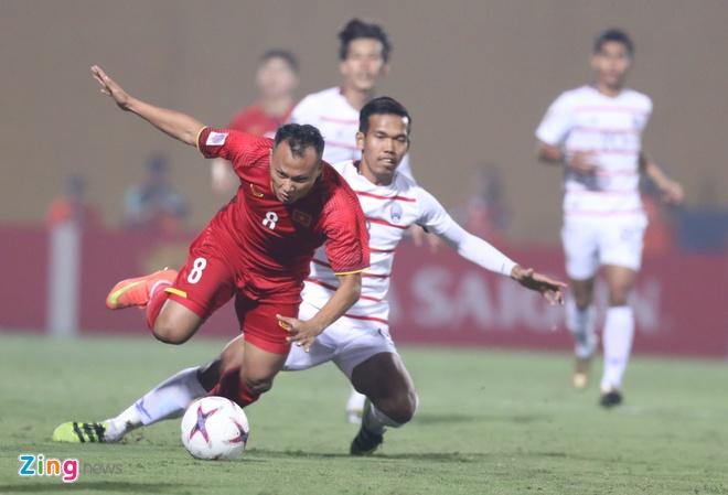Tuyen Viet Nam vao ban ket AFF Cup voi ngoi dau bang hinh anh 38