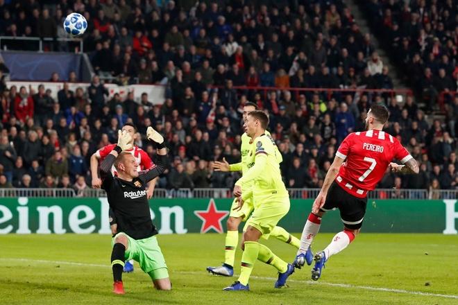 PSV vs Barca anh 15