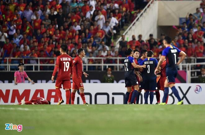 Viet Nam vao chung ket AFF Cup sau chien thang chung cuoc 4-2 hinh anh 39