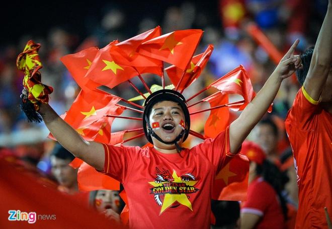 Viet Nam vao chung ket AFF Cup sau chien thang chung cuoc 4-2 hinh anh 20
