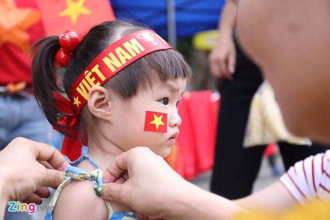 Nhieu CDV Viet Nam khong duoc vao khan dai Bukit Jalil du co ve hinh anh 28