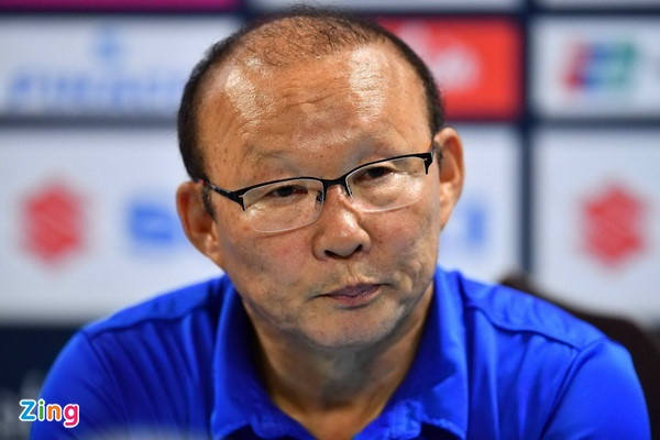 Malaysia vs Viet Nam (2-2): Danh roi chien thang day tiec nuoi hinh anh 4