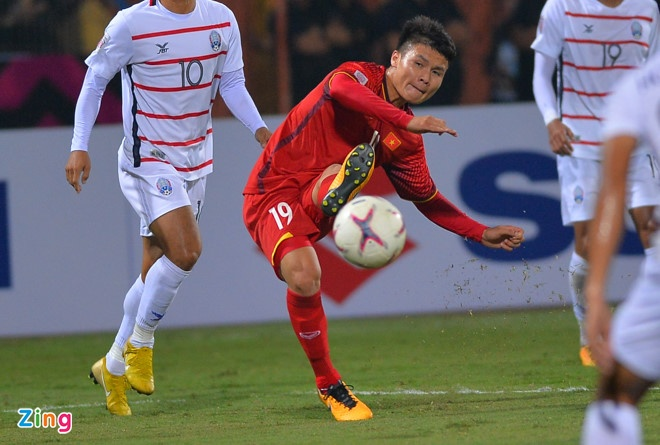 Malaysia vs Viet Nam (2-2): Danh roi chien thang day tiec nuoi hinh anh 20