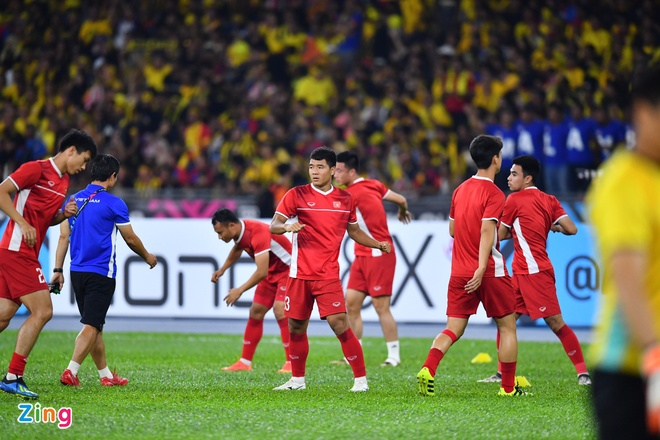 Malaysia vs Viet Nam (2-2): Danh roi chien thang day tiec nuoi hinh anh 32