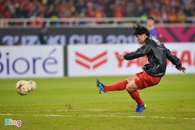 Tuyen Viet Nam vo dich AFF Cup 2018 voi thanh tich bat bai hinh anh 32