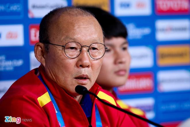 Viet Nam vs Iran (0-2): Tiec nuoi cho Cong Phuong va Quang Hai hinh anh 4