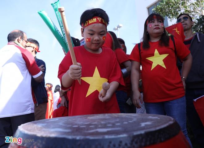 Viet Nam vs Iran (0-2): Tiec nuoi cho Cong Phuong va Quang Hai hinh anh 23