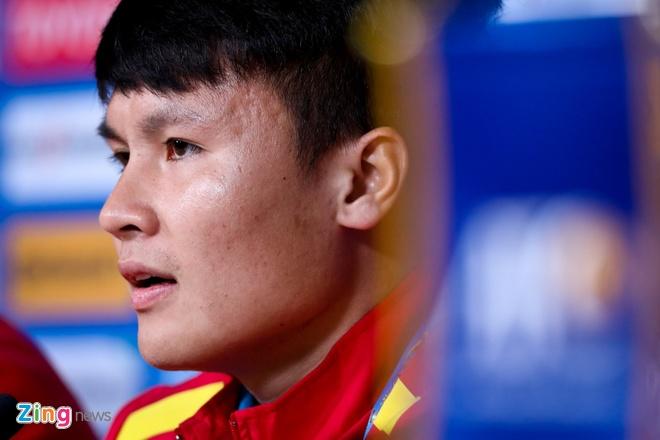 Viet Nam vs Iran (0-2): Tiec nuoi cho Cong Phuong va Quang Hai hinh anh 14