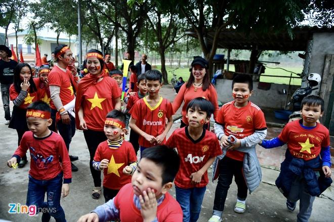 Viet Nam vs Iran (0-2): Tiec nuoi cho Cong Phuong va Quang Hai hinh anh 17