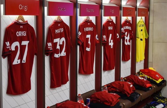 Salah ghi ban, Liverpool tro lai ngoi dau bang Premier League hinh anh 7