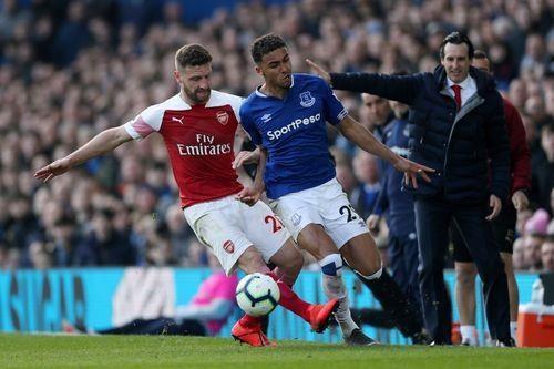 Arsenal thua Everton 0-1, bo lo co hoi len top 3 hinh anh 18