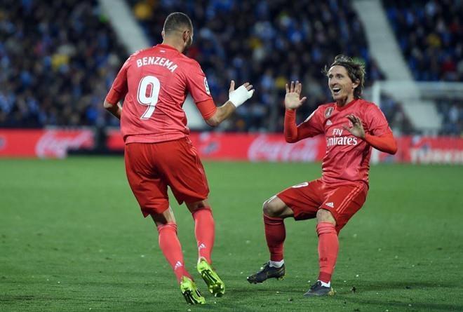 Real vs Athletic Bilbao (3-0): Benzema ghi hat-trick ban thang hinh anh 1
