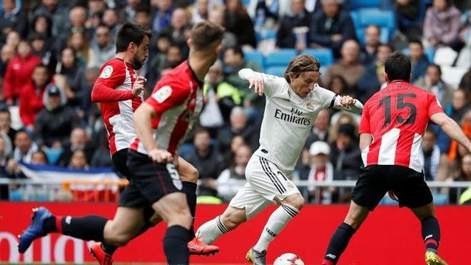 Real vs Athletic Bilbao (3-0): Benzema ghi hat-trick ban thang hinh anh 16