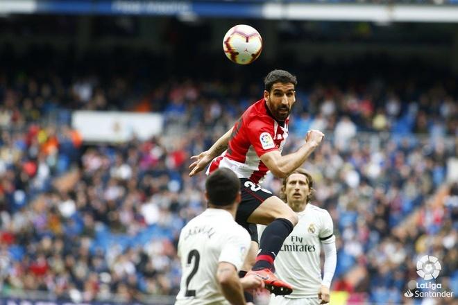 Real vs Athletic Bilbao (3-0): Benzema ghi hat-trick ban thang hinh anh 14