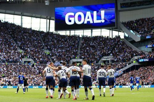 MU thua 0-2 o tran dau khep lai Premier League mua giai 2018/19 hinh anh 19