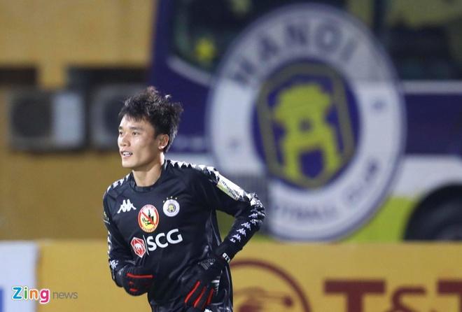 CLB Ha Noi 3-2 CLB Da Nang: Bui Tien Dung co tran dau dang quen hinh anh 11