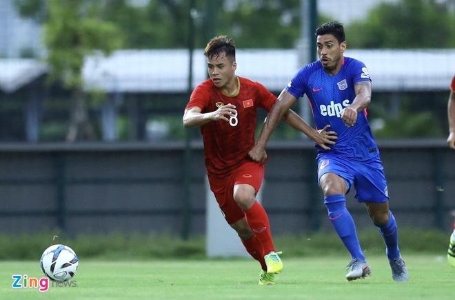 U22 Viet Nam vs CLB Kitchee (2-0): Martin Lo, Tran Danh Trung ghi ban hinh anh 4