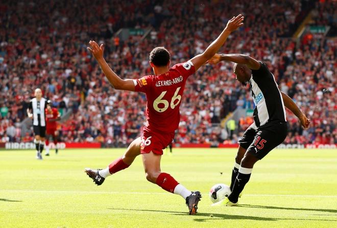 truc tiep Liverpool vs Newcastle anh 6