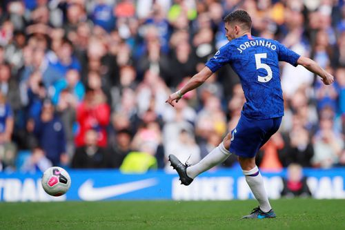 Chelsea vs Brighton (2-0): Willian ghi ban hinh anh 13